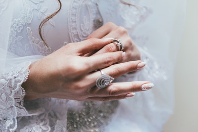 9 Essential Engagement Ring Care Tips