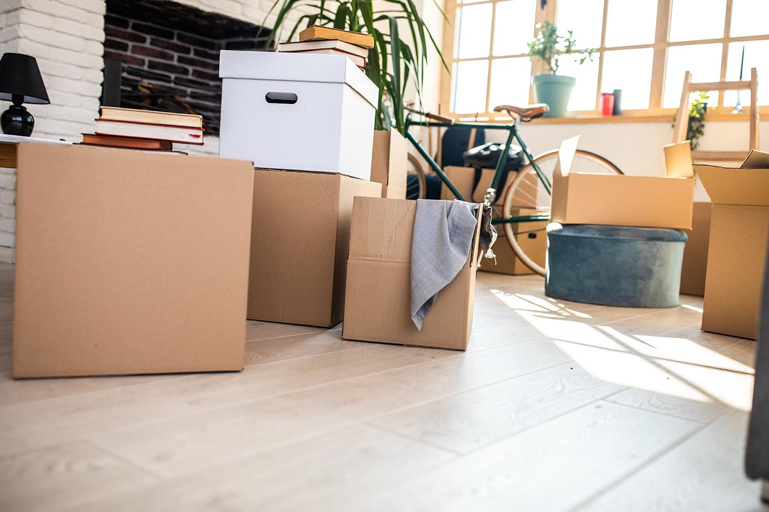 5 things to do before moving into your new house - Things to do when moving into a new house ...