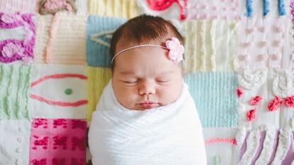 How To Wear Baby In A Muslin Blanket