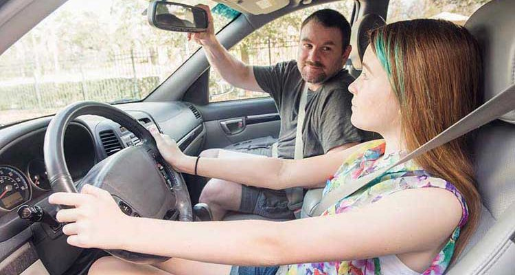 3 Ways To Prepare Your Teen Driver For Their First Time On The Freeway