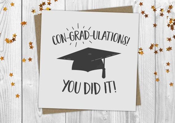 Create Fully Personalizable Graduation Greeting Cards with Mixbook