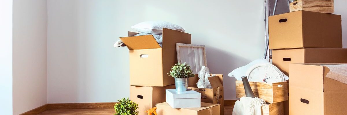 5 Essential Moving & Storage Tips